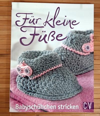 Buch Für kleine Füße stricken